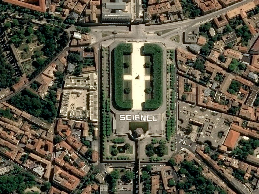 Photo science montpellier satellite pléiades